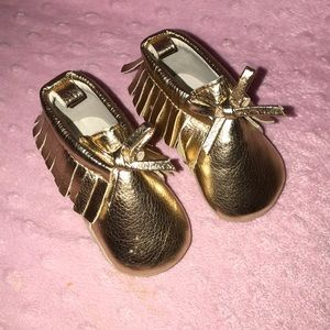 Old Navy Baby Moccs